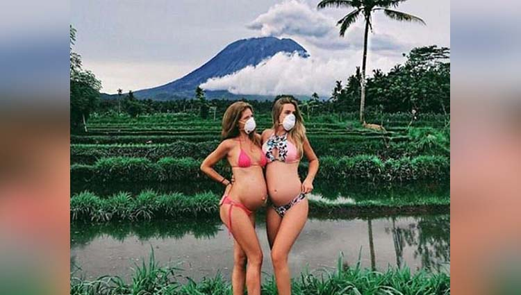 tourist photo poses in Supervolcano
