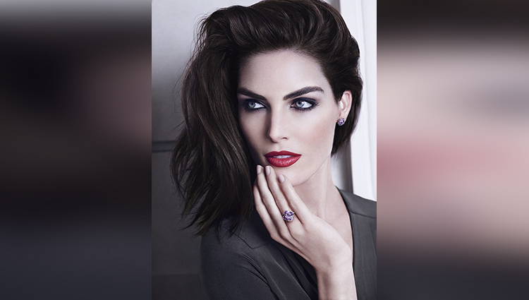 Glamour Daze : Hilary Rhoda share her sexy photos