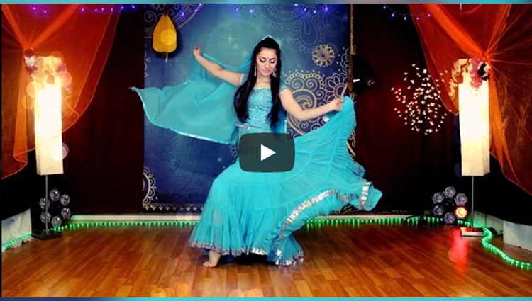 beautiful girl dance on bollywood song dil cheez tujhe dedi