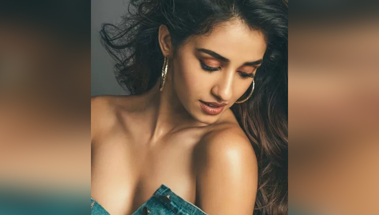 disha patani hot photoshoot for magazine