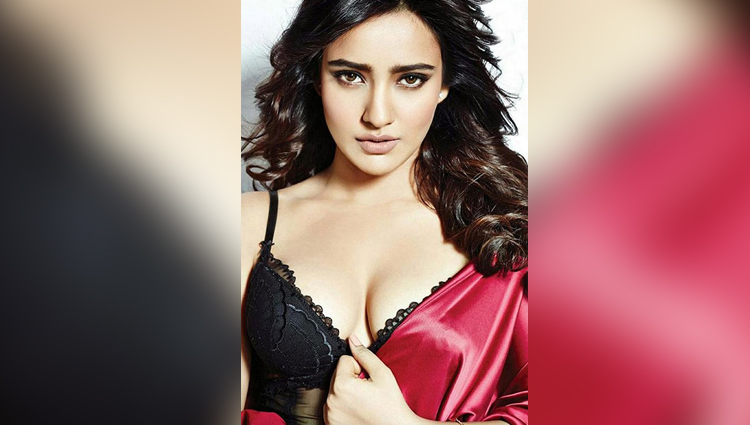 neha shrama hot and bold actress sexy and bold neha sharma