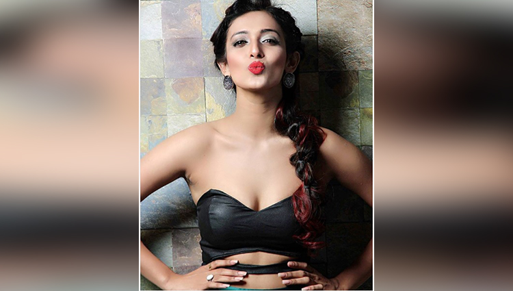Heena Panchal share her hot photos