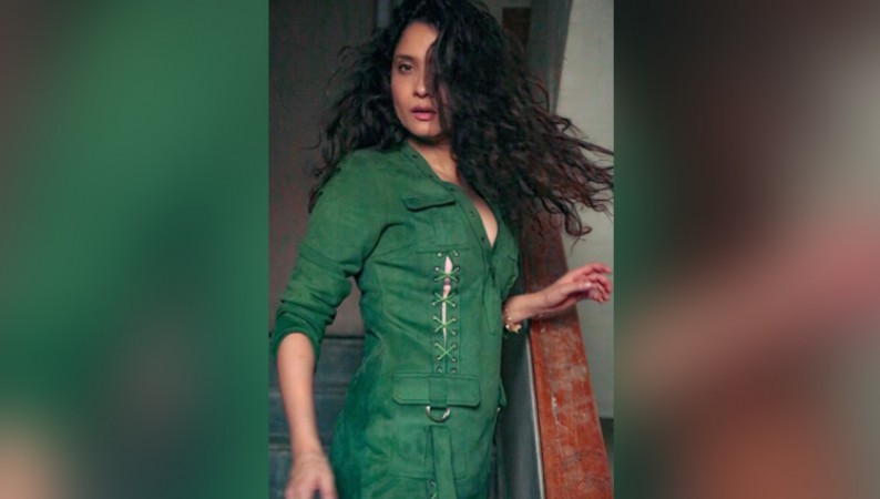 ankita lokhande LOOKS HOT IN GREEN JUMP SUIT