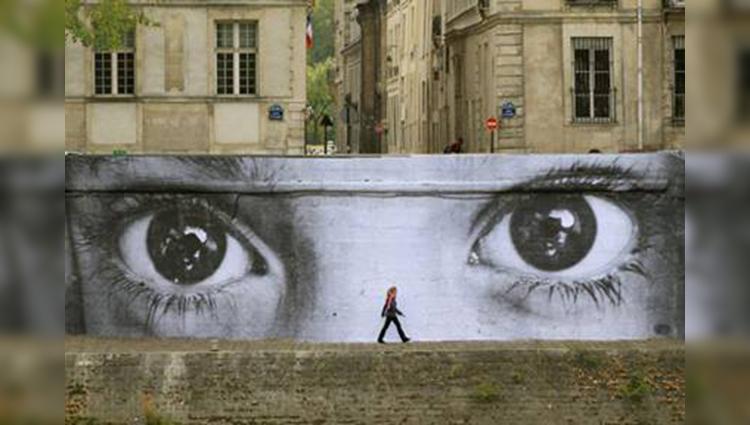 amazing art on street and walls