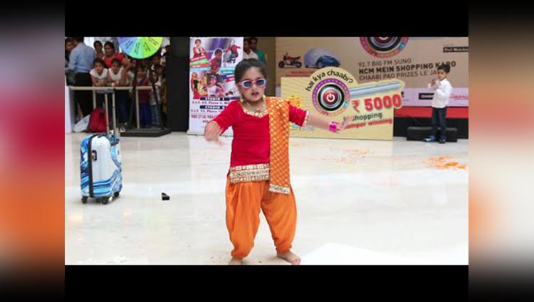 Cute Girl Dance Performance Step2Step Dance Studio