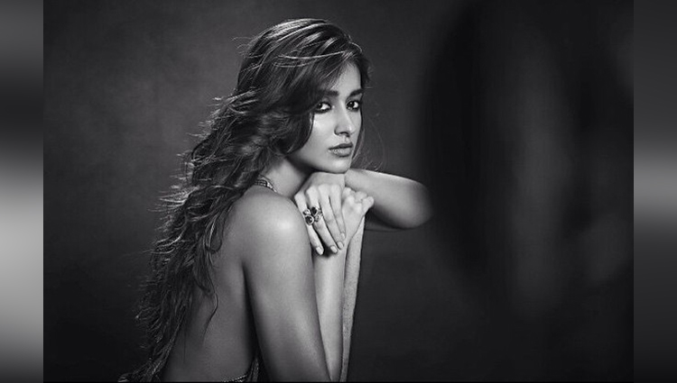 Ileana D'Cruz share her sexy photos on instagram