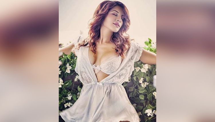 They are juicy and also melons Shama Sikander gives it back to trolls