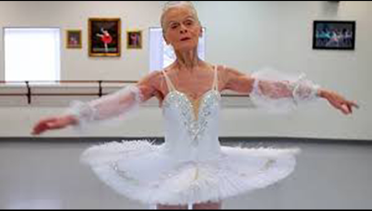 The 77 year-old ballerina who inspires others to pursue their dreams