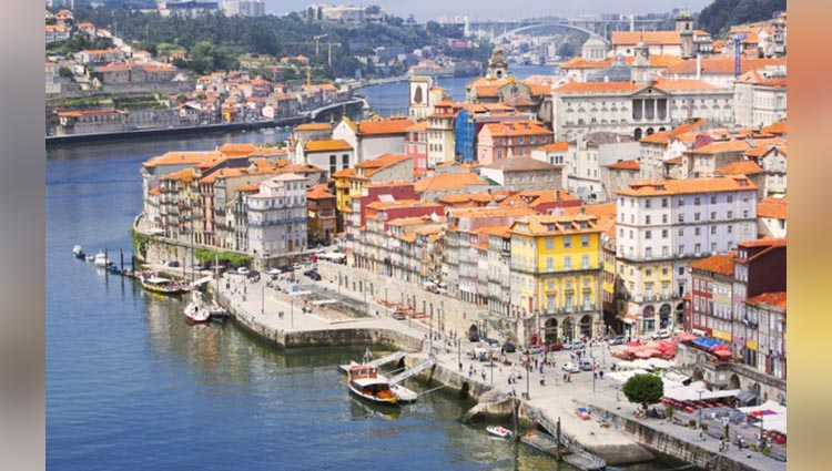 EXPERIENCE THE BEAUTIFUL SIDE OF PORTUGAL