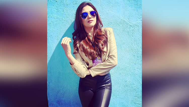 Bahu Hamari Rajni Kant actress ridhima pandit is too hot in real life