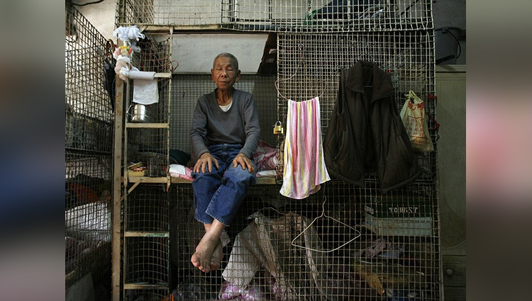 In Wealthy Hong Kong, The Poor Are Living In Wire Cages
