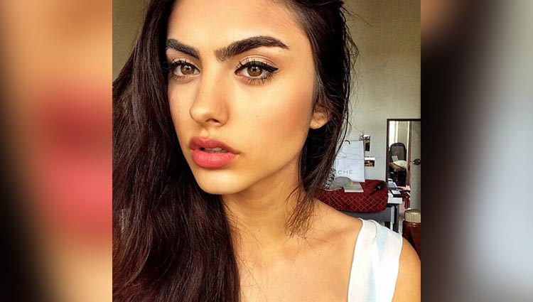 Some magic Oils to thicken your eyebrows naturally