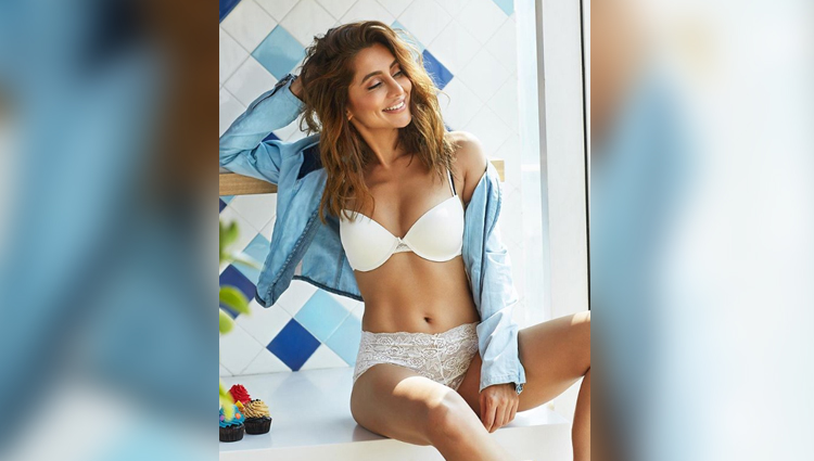 Anusha Dandekar hot and bold actress