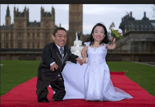 Guinness World Records Day Worlds shortest married couple Paulo Gabriel da Silva Barros Katyucia Lie Hoshino