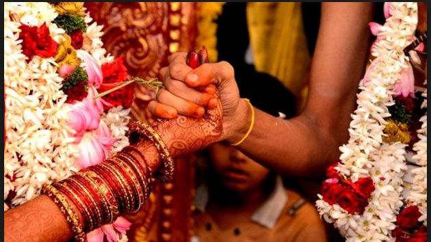 weird ritual bride reaches inlaws house before marriage in jharkhand