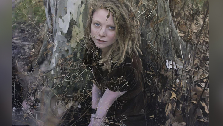 Yigal Ozeri Paintings make you shocked