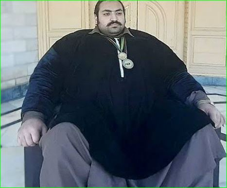 444 Kg Pakistani Hulk Arbab Khizer Hayat is looking for love