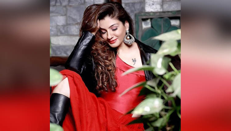 Raveena Tandon hot actress in industry