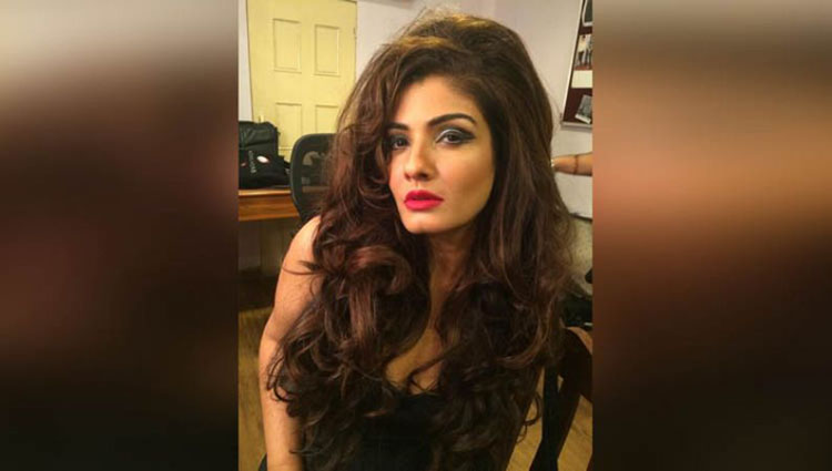 See The glamorous Style of Raveena Tandon