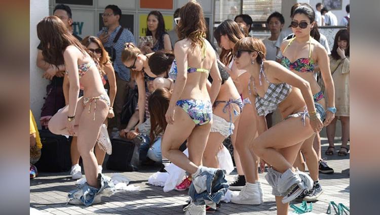 Naked spa in japan