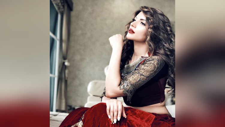 Sexaholic actress Shama Sikander look gorgeous in her latest bridal photo shoot