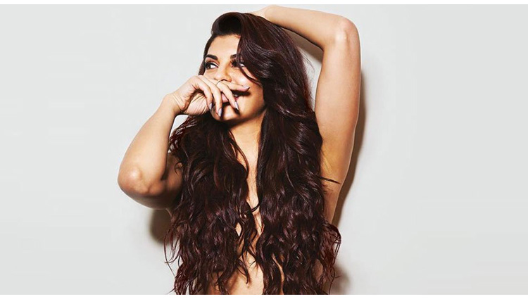 Jacqueline Fernandez goes topless for her latest photoshoot