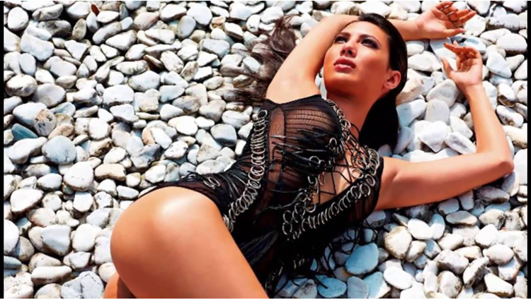 Rochelle Rao hot photos going viral