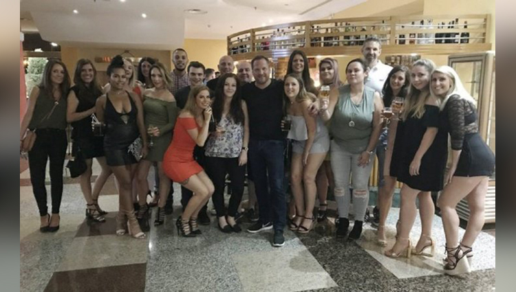 Amazing The Worlds Coolest Boss Takes His Whole Staff To A Luxurious And Free Holiday