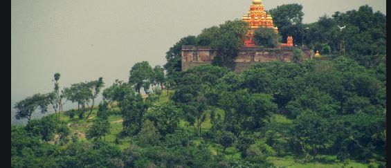 Dwapar Yuga temple Devadeveshwar Dham of Naimisharanya fulfill the will of devotees