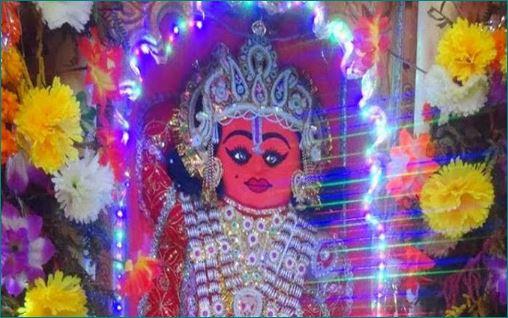 Dandraua Sarkar Known As A Doctor Hanuman