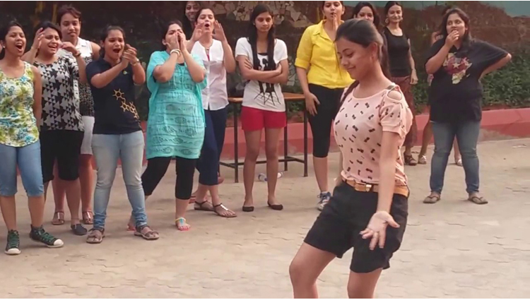Odisha college girls dance