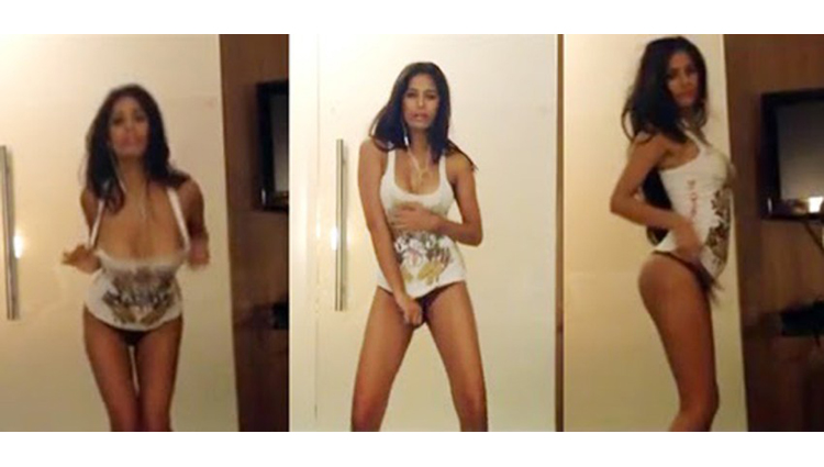 Poonam Pandey MMS House Party LEAKED Girls Nightout Leaked