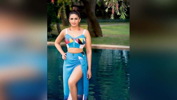 Huma Qureshi Is One Of Bollywood's Hot Actress,See Photos