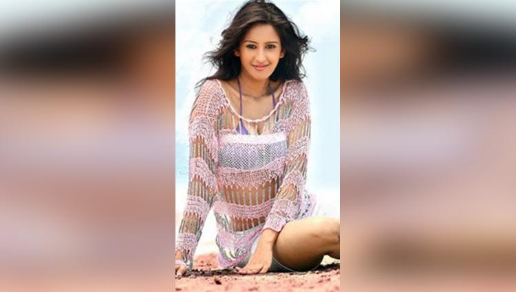 Chahat Khanna Mirza tv actress really hot woman