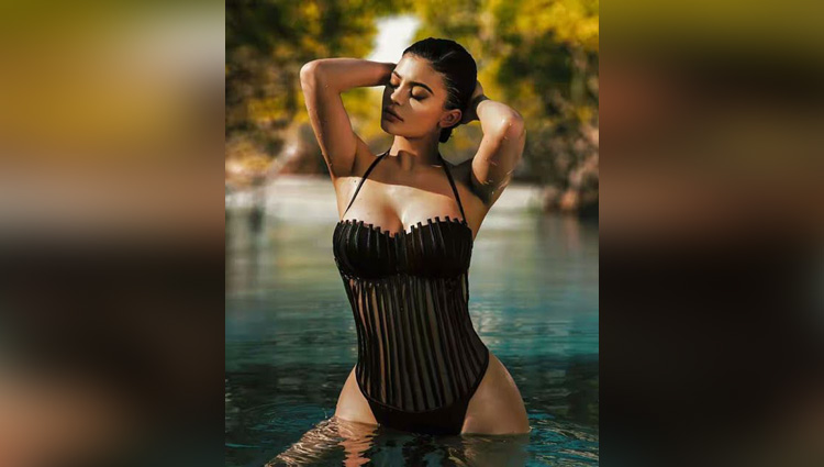 super model kylie jenner is the sexiest woman of 2017