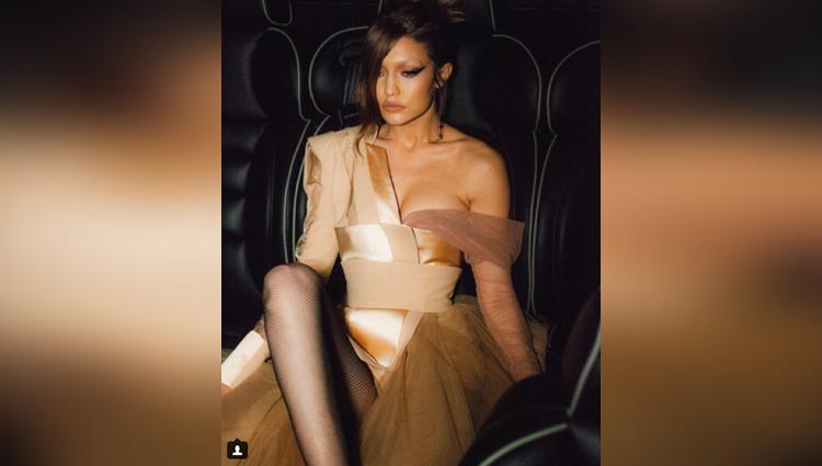 Gigi Hadid share her hot and sexy photos