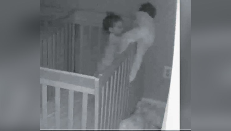 mom captures twins mischief at night