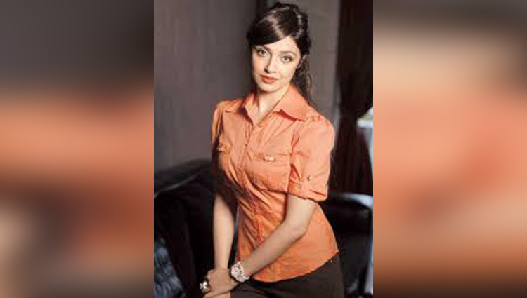 divya kumar khosla latest photos of instagram