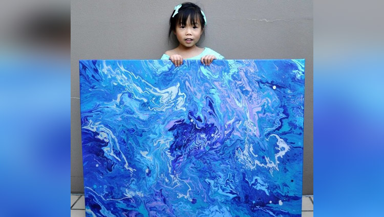5 Year Old Has Donated Over 750 To Charity By Painting Galaxies