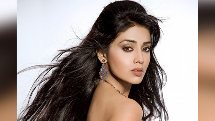 Top 10 Hottest South Indian Actresses