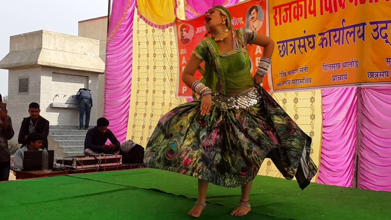 hot dance of girl on rajsthani song