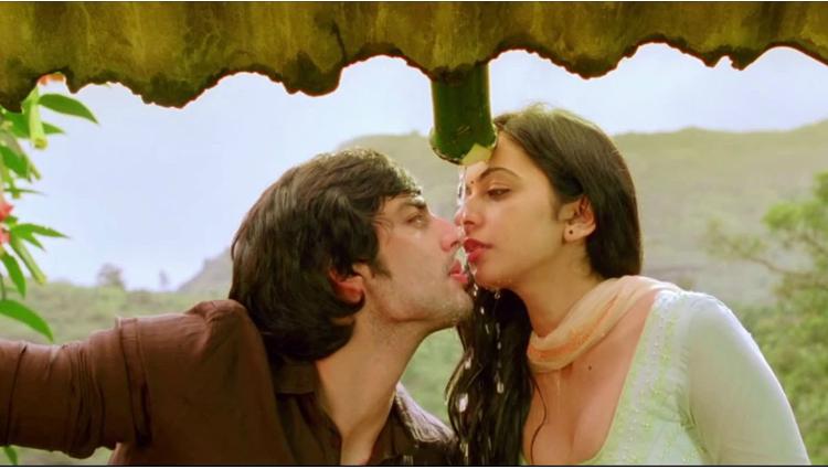 Rakul Preet singh says no problem with on screen kissing