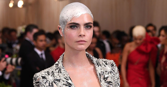Cara Delevingne hot and viral photos