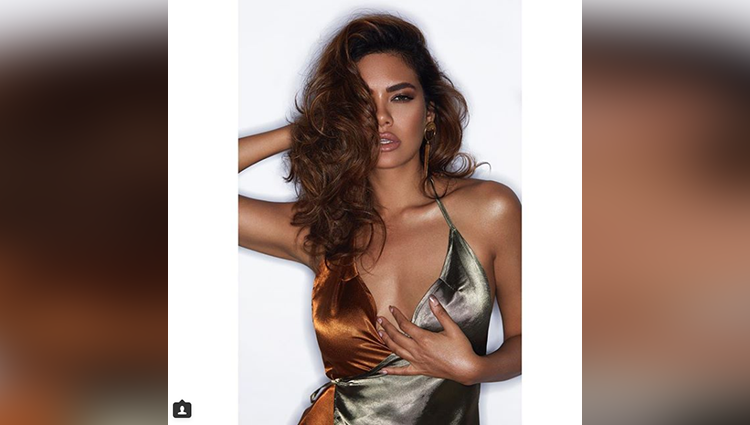 Esha Gupta bares all in her latest photos