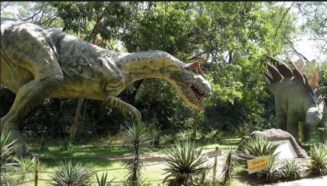 Unique Park Indias First Dinosaur Park Ready To Open In Balasinor
