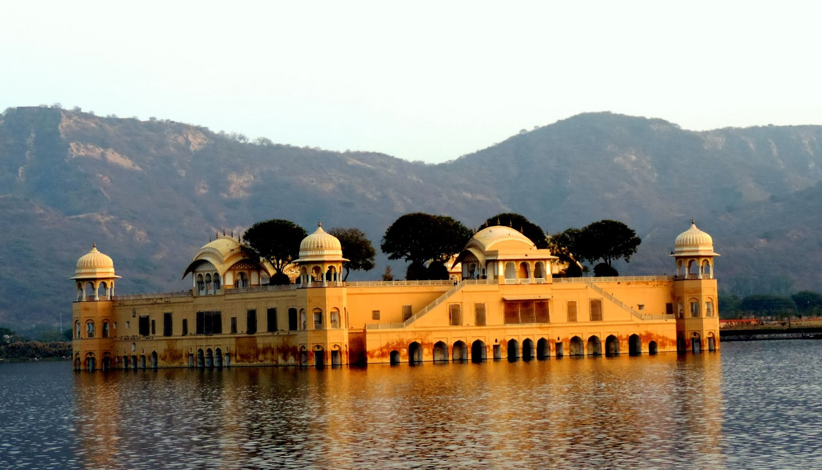 After watching this video you will be forced to leave the Pink City of Jaipur!