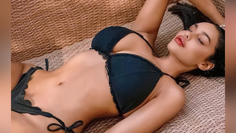 Gizele Thakral share her sexy photos