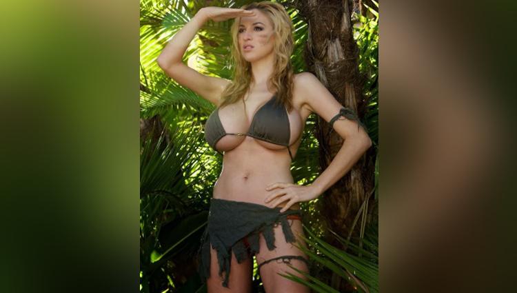 Jordan Carver share her sexy photos