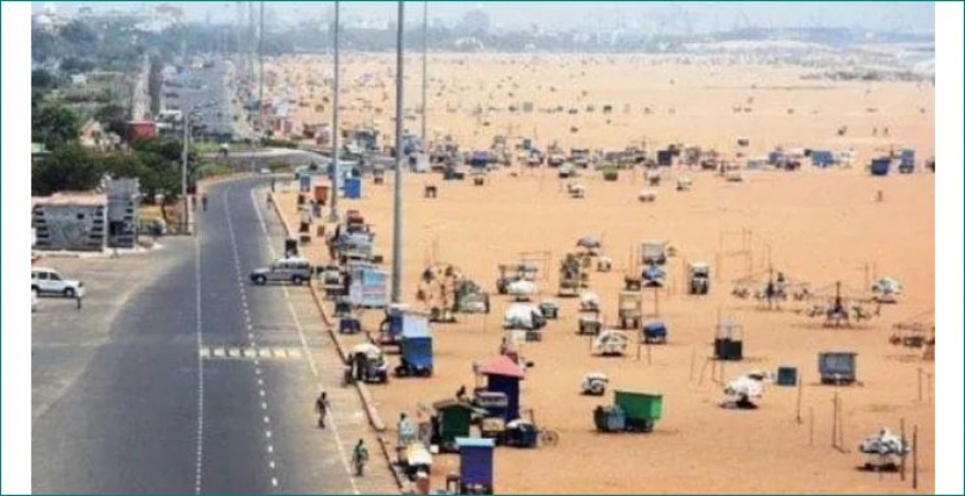 Chennai Marina vendors resume weekly ritual of cleaning up beach