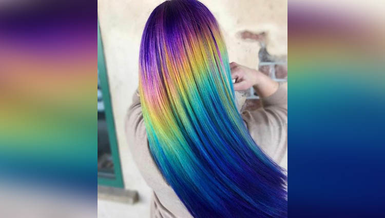 These Shiney Hair Colour Are In Trend These Days